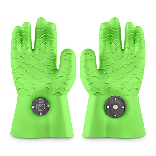 MagneCHEF Heat Resistant Silicone BBQ Gloves- Ergonomic Web fit Allows for Firm Grip- Patented Magnet Safety Clip Allows for Rapid Release of one or Both Hands- Grip Waves for Pulling Pork (Green)