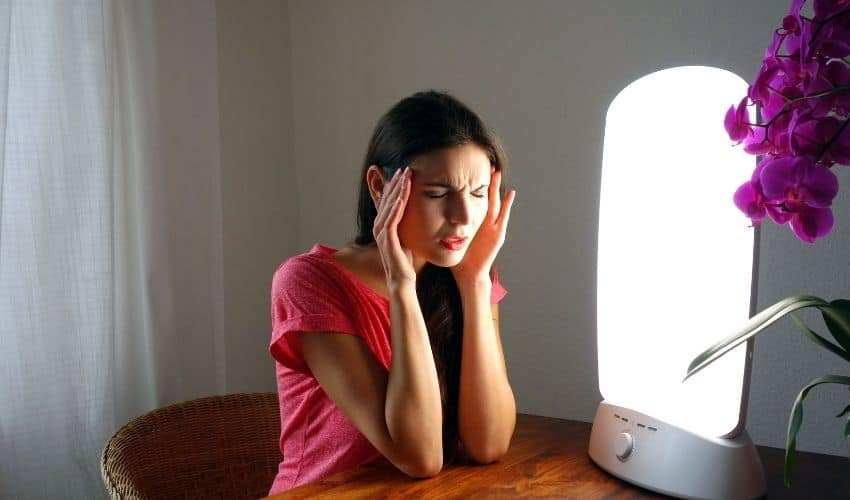 sad light therapy lamp